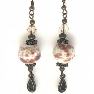 Jewelry - !!SALE 3/$30!!Brown/White Speckled~Antique Brass